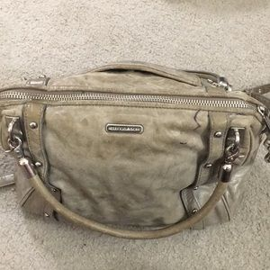 Rebecca Minkoff Bags - 💕Rebecca minkoff soft leather gray satchel bag 💕